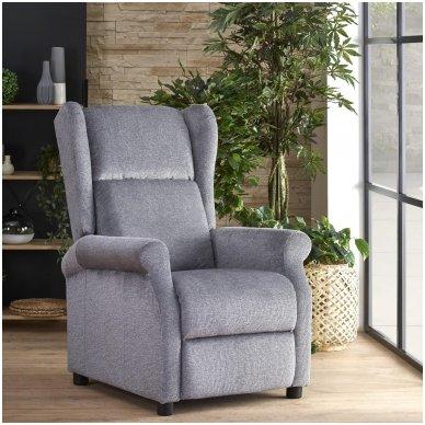 AGUSTIN pilkas fotelis su išskleidžiamu pakoju 2