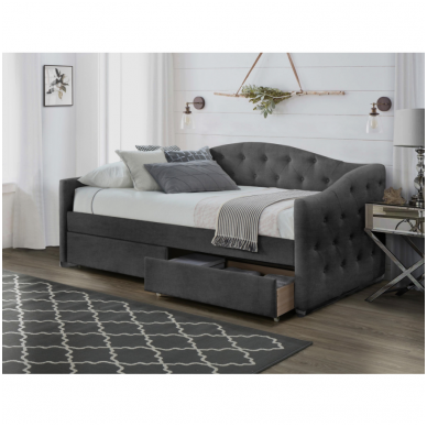 ALOHA pilka lova su stalčiais