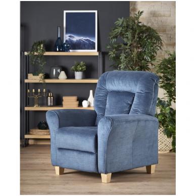 BARD tamsiai mėlynas fotelis su išskleidžiamu pakoju 2