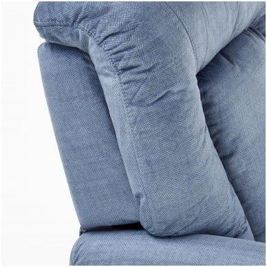 BARD tamsiai mėlynas fotelis su išskleidžiamu pakoju 7