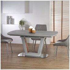 BILOTTI šviesiai pilkas išskleidžiamas valgomojo stalas