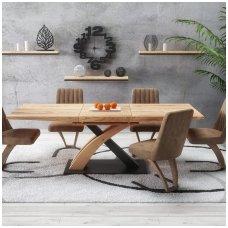 SANDOR 3 auksinio ąžuolo - juodos spalvos išskleidžiamas valgomojo stalas